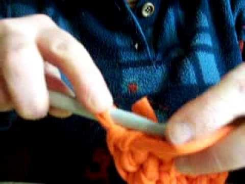 Realizzare una borsa in fettuccia all'uncinetto : 1 lezione il fondo