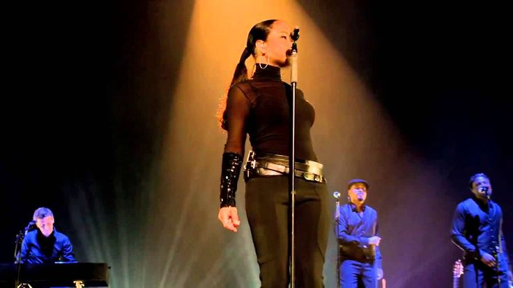 Sade Your Love is King bring me home concert
