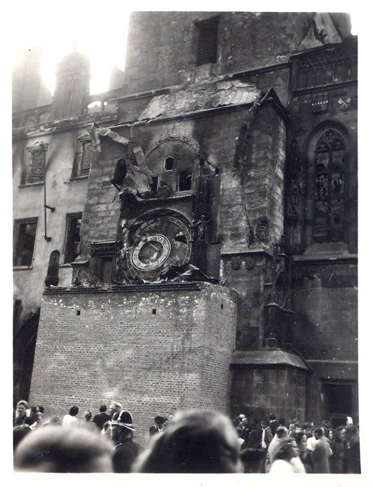 The Old City Hall and its Astronomical Clock damaged during the war - WW2