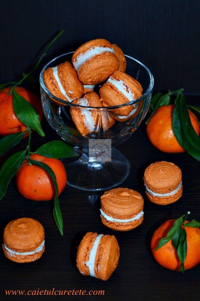 Macarons cu portocale si crema ganache de ciocolata alba | CAIETUL CU RETETE