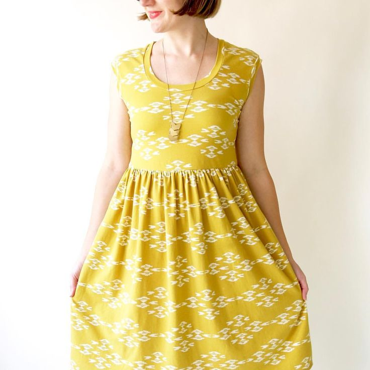 Isla sewing pattern by made by Rae / observer knit fabric by April Rhodes for Art Gallery