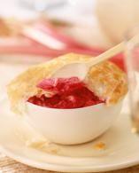 Recept Rabarberfool. Heerlijk als bijgerecht maar ook lekker op bijv pannenkoeken of flensjes.