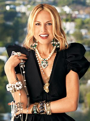 I hate to admit it but I am kinda obsessed with Rachel Zoe. Her business plan and work ethic are BANANAS...and totally on Team Zoe..boo Team Brad!