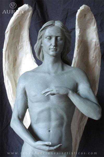 Detalle del torso del Ángel