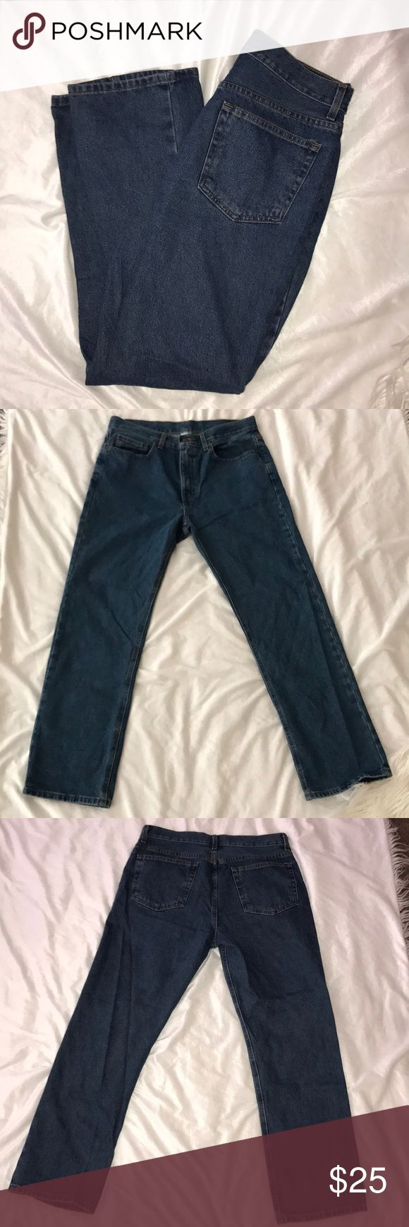 Five Pocket Original Fit Men's Denim Jeans ▫️Rare pair of jeans! Not distressed and no holes or signs of wear.  ▫️Jeans are practically brand new and are solid denim front of back.  ▫️Fabric Content: 100% Cotton ▫️Measurements: 33x30 ▫️Mint condition Faded Glory Jeans Straight