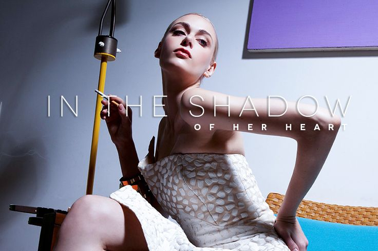 Editorial In the shadow of her heart - Revista Catarina