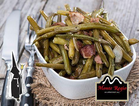 ¿Probamos algo diferente? Salteado de judías, virutas de jamón ibérico #MonteRegio y cebolla ¡Un diez!