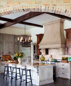 French country kitchen. by Lynnbuskirk