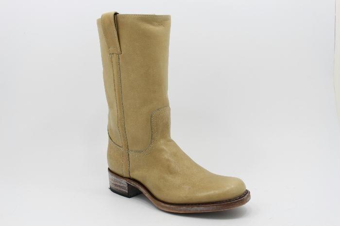 Sendra Medium Short in Naturel Leather