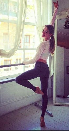 Workout tips from our favorite Victoria's Secret angels #fitness