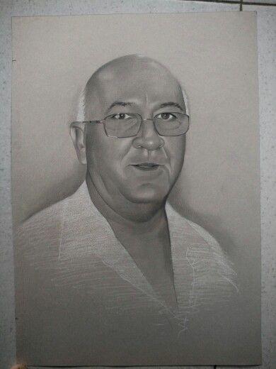 sketsa wajah realis  info pemesanan : 08 222 111 19 20 http://lukiswajah.com/ #sketsawajah#lukiswajah#pensil#karikatur#art#drawings#charcoal#sketch#