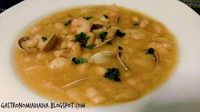 Gastronomía día a día: Alubias con merluza, gambas y almejas