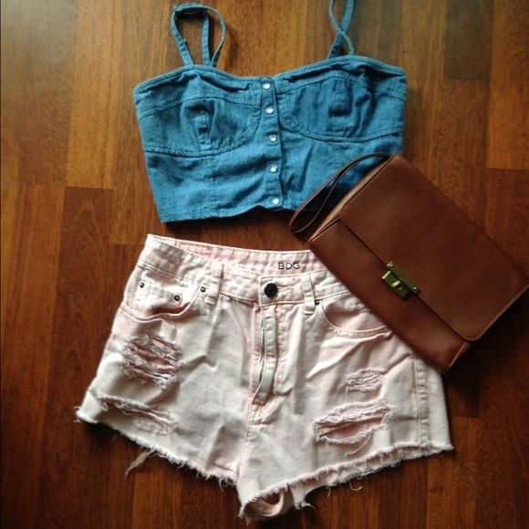Distressed shorts Perfect for summer Urban Outfitters Jeans