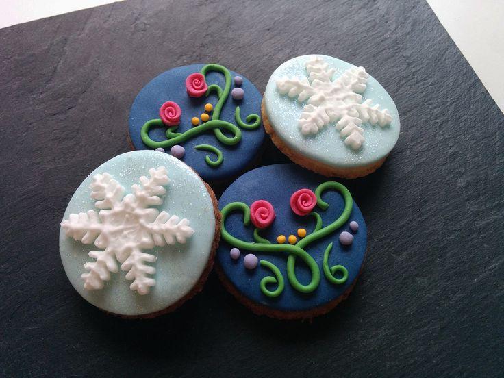 Etsy Frozen Cake Decorations : Best 25+ Frozen cake decorations ideas on Pinterest ...