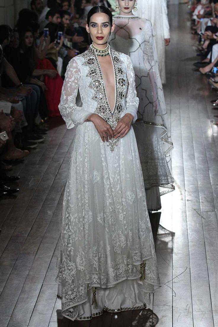 46 best Manav Gangwani India Couture Week 2016 images on Pinterest ...