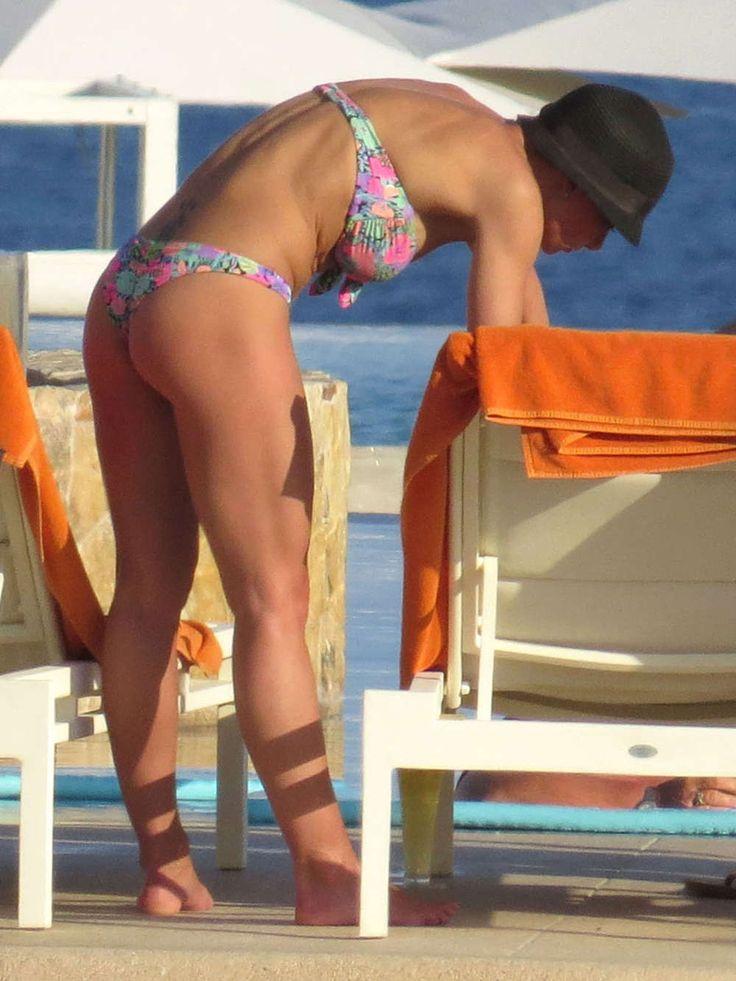 jamie pressly nude ass