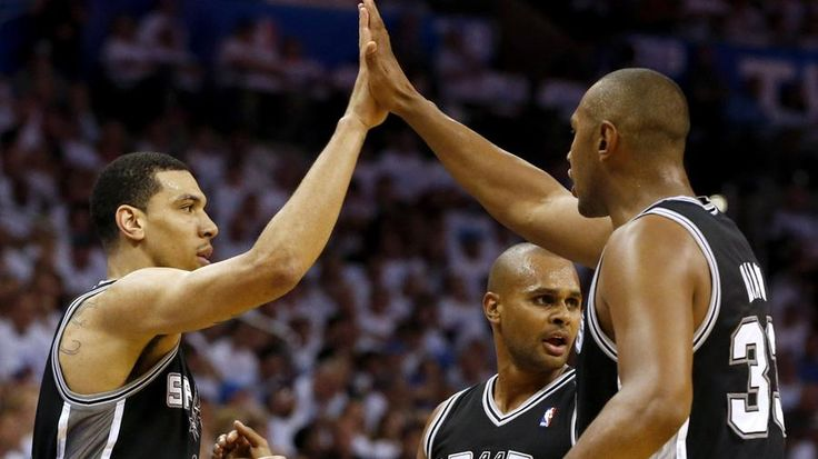 Heavy playing time is wearing down Danny Green and Boris Diaw. | Spurs Fan Cave LLC