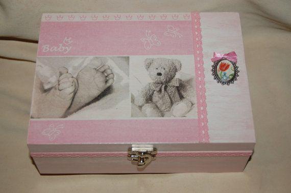 Pink baby box