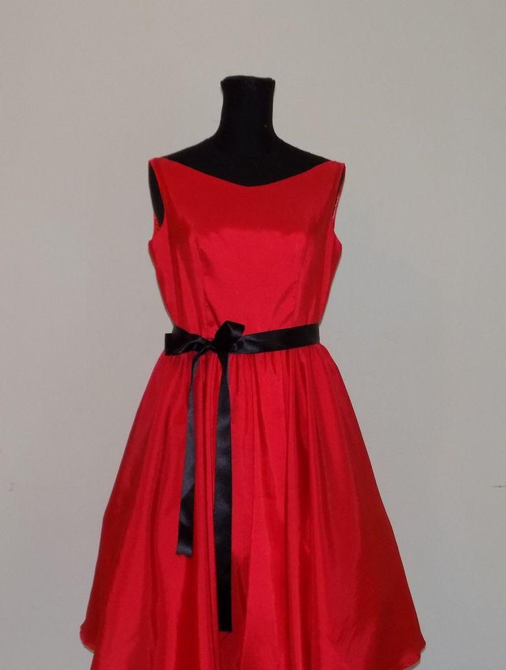 Abito da sera , PROM DRESS , abito di taffetà , abito da ballo , abito con sottogonna di tulle, vestito elegante , abito rosso di MAQUELLA su Etsy