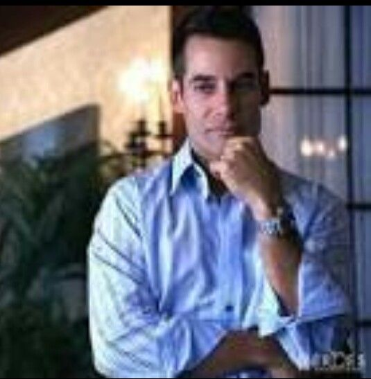 Adrian Pasdar as Nathan Petrelli ..#Heroes Nathan's ability is flight.