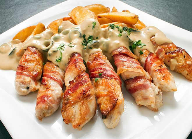 Palitos de pollo y bacon