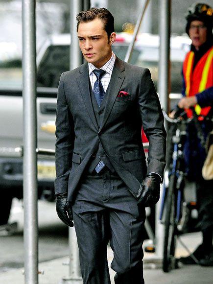 chuck bass grey suit - photo #7