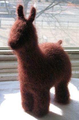 Felted llama/alpaca. <3