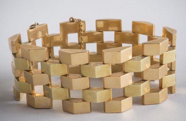 Portuguese Gold Bracelet : Lot 282