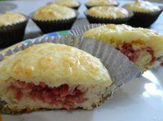 """Cupcake Salgado de Calabresa para """"matar"""" a fome fora de hora! - Aprenda a preparar essa maravilhosa receita de Cupcake Salgado de Calabresa"""