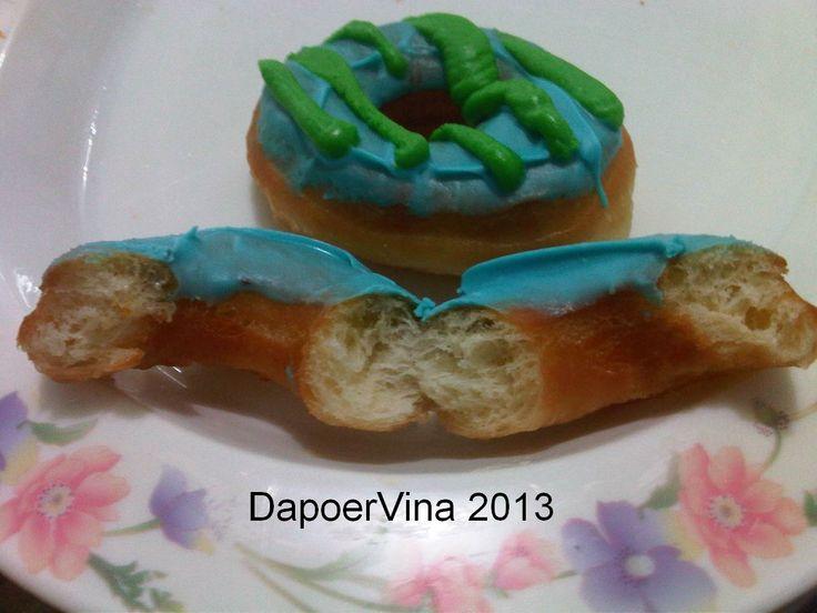 Donat ala JCO.. http://dapoervina.blogspot.com/2013/03/mini-donat-ala-j-co.html