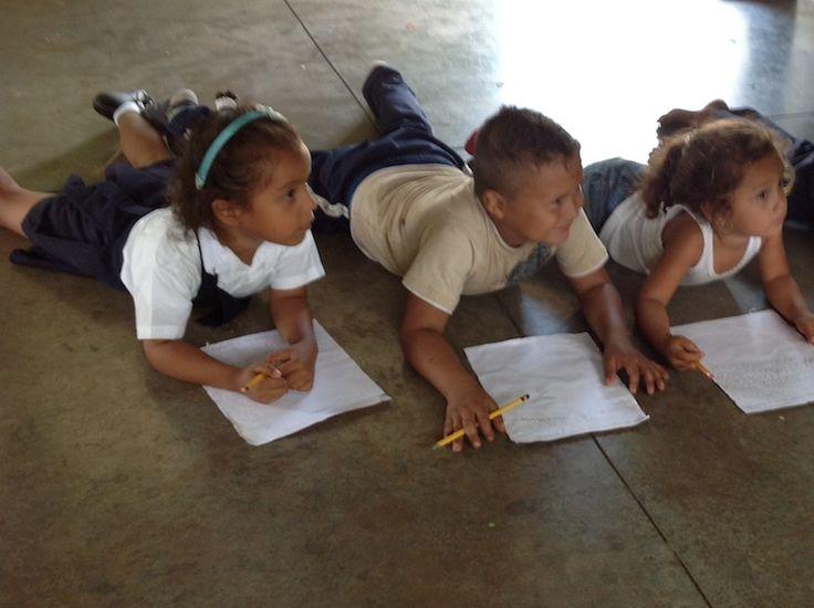 Simple Spanish Word Games: Nicaragua, juegos de palabras - Spanish Playground http://spanishplayground.net/simple-spanish-word-games-nicaragua/