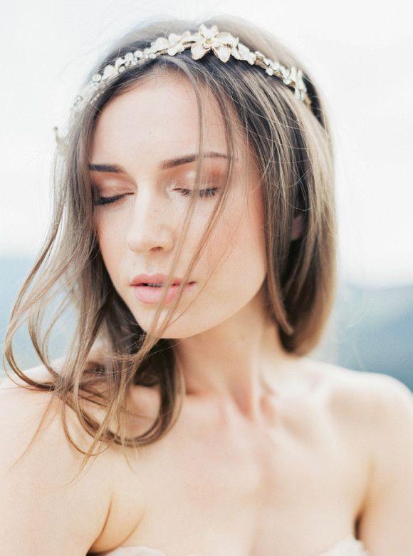 loose natural hair with gilded bridal halo | image via: wedding sparrow