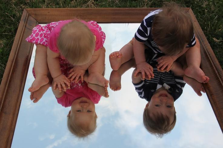 Twin Photo Idea Babies in the mirror