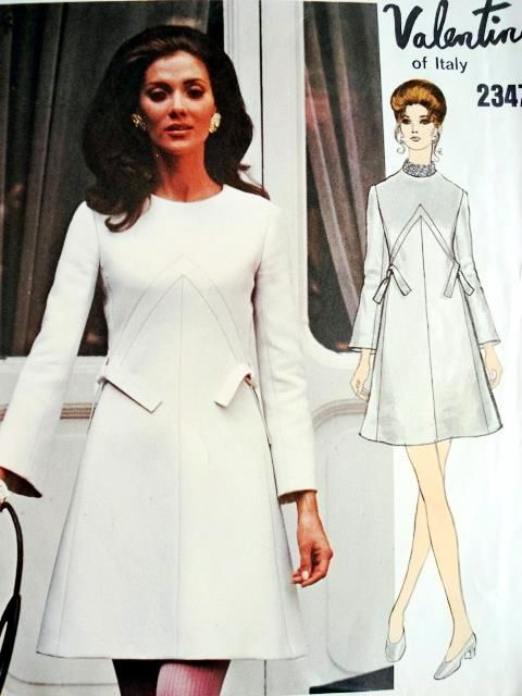 1960s VALENTINO Lovely Dress Pattern Vogue Couturier Design 2347 Vintage Sewing Pattern