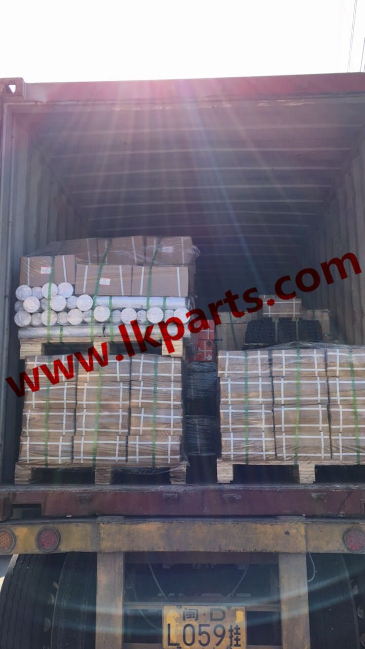 Another container for export. D85/D3C idler, pc200 bucket teeth, track shoe pc200 and track spring. Bucket pin and bushing#tren de rodaje partes#undercarriage parts#track roller, carrier roller, sprocket and segment, idler, track chain, track shoes etc Tel:+86 152 8009 4489  Email:ellen@lkparts.com  Whatsapp:+86 152 8009 4489  Wechat:+86 152 8009 4489  Viber:+86 152 8009 4489  Line:+86 152 8009 4489  Skype:ellen890210  Web: www.lkparts.com