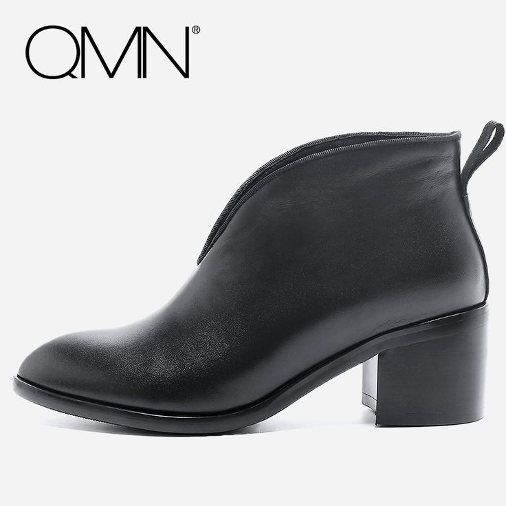 63.88$  Watch now - http://alid25.shopchina.info/1/go.php?t=32817766240 - QMN women genuine leather ankle boots for Women Pointed Toe Motorcycle Boots Shoes Woman Black Boots Botas Mujer Size 34-39  #buychinaproducts