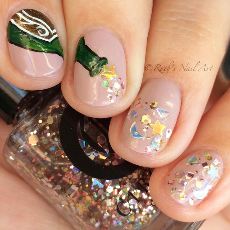 """New Years Nails using """"Puttin' on the Ritz"""" by Cirque ✨ #ruthsnailart #livelovepolish"""