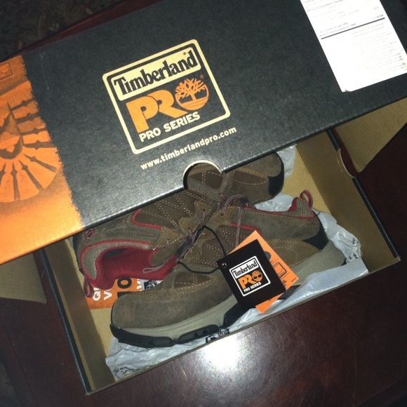 """Timberland Pro Series Safety Shoes Sz 8 Open for reasonable offer. The item you are about to purchase is a Timberland Pro Series Safety Shoes.  Size 8 wide. I wore it for just a night but decided to wear my other shoes instead. Basically, it's still new. Bought it for $99 plus tax. To make an offer, please use """"make an offer"""" button. Thank you! Timberland Shoes"""