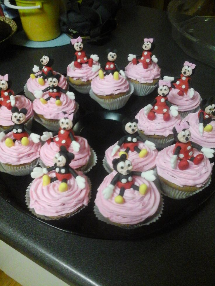 Minnie & Mickey Mouse Cupcakes