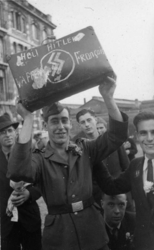 french waffen ss volunteers proclaiming their loyalty to. Black Bedroom Furniture Sets. Home Design Ideas