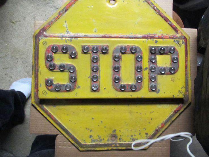 """VINTAGE STOP SIGN Yellow Cat Eyes Raised Marbles 18"""" Road Sign Antique"""