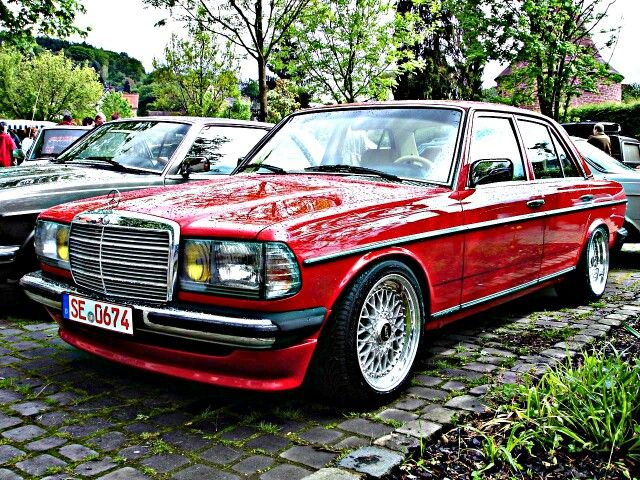 Mercedes W123 With AMG Front Spoiler