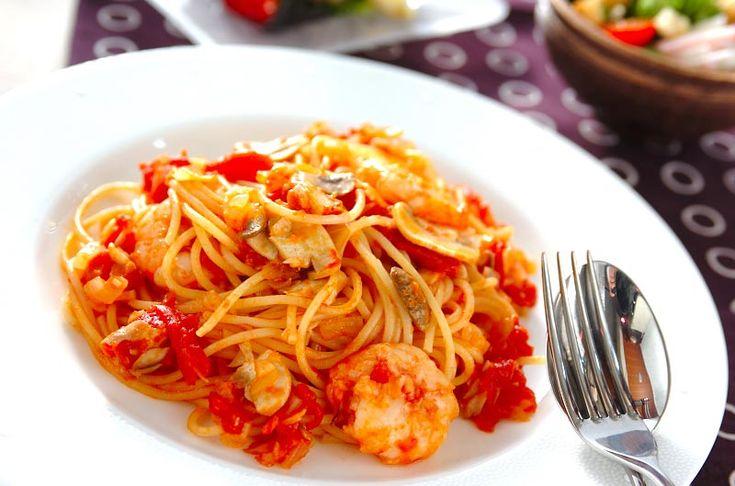 エビとトマトのチーズパスタのレシピ・作り方 - 簡単プロの料理レシピ | E・レシピ