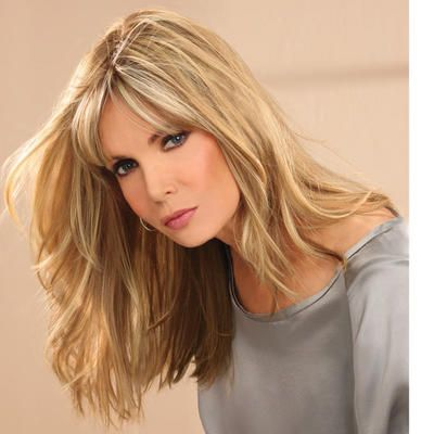 The length thats right on trend...with straight uneven layers and flirty bangs. #paulayoung #hair #wig