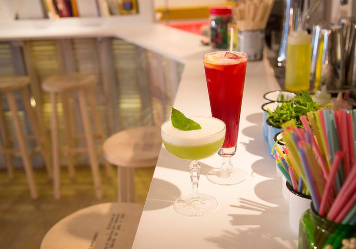 Le Lavomatic bar Paris 10eme