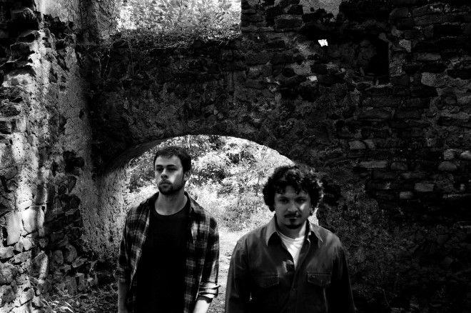 """Dead Bouquet live 23 maggio @ New James Joyce Presto sul palco del locale salernitano arriveranno i romani Dead Bouquet con il loro rock psichedelico dell'ultimo lavoro """"As Far As I Know""""."""