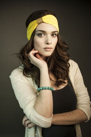 Ladies: Yellow bamboo headband with sand pebbles leather loop