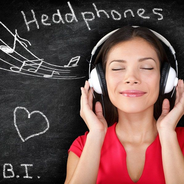 Promotional Headphones, using branded headphones to advertise your business