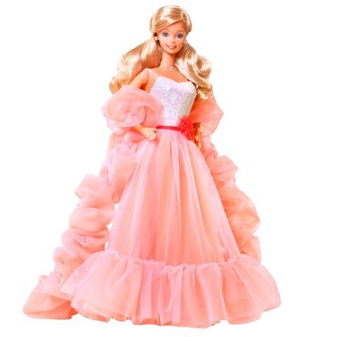 Barbie com vestido de festa