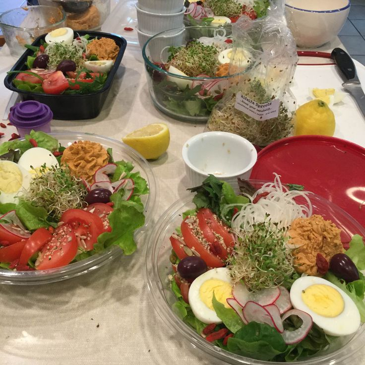 Explosion of savours, colours and nutrients – summer food & stye ideas just for you all packed in one lunch box – all gluten free & vegetarian .→ Explosion de saveurs à essayer…